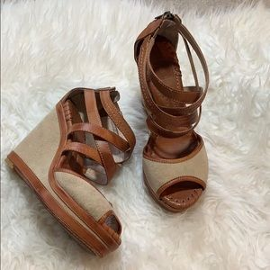 FRYE Wedges Sandals Size 8 = 7.5